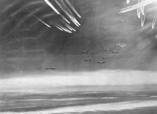 | Bildquelle: USAAF Photo (PD public domain)