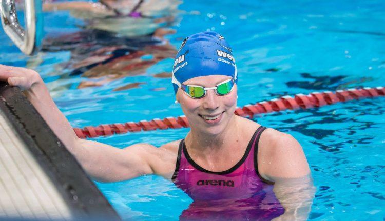 Annalena Geyer kurz nach ihrem Sieg über die 100 Meter kombiniertes Schwimmen beim Qualifikationswettkampf zu den World Games 2017.   Bildquelle: DLRG Eisenach