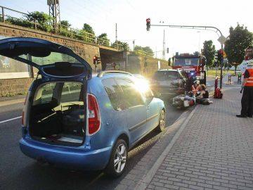 Eisenacher Berufsfeuerwehr hilft nach Unfall an der Rennbahn | Bildquelle: © Stadt Eisenach