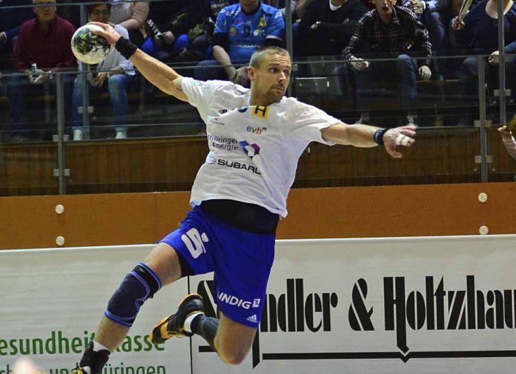 Nicolai Hansen beim Torwurf in der vergangenen Saison in Rimpar   Bildquelle: © Frank Arnold • sportfotoseisenach / ThSV Eisenach