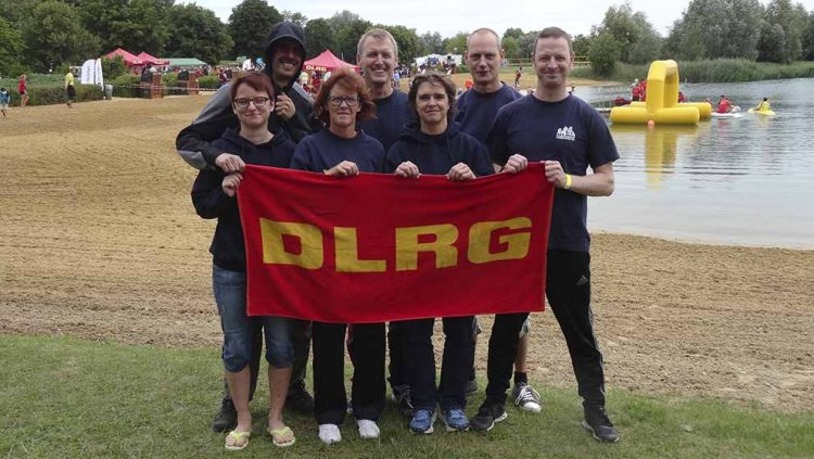 Gruppenbild der Eisenacher Langstreckenrettungsschwimmer   Bildquelle: © DLRG Ortsgruppe Eisenach e.V.