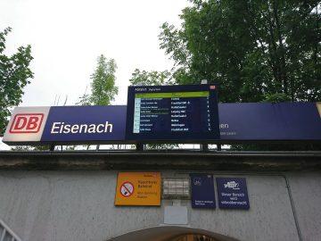 der neue Fahrgastinfomonitor am Nordausgang des Hauptbahnhofes | Bildquelle: Frank Rothe, Fahrgastbeirat Eisenach und Wartburgkreis