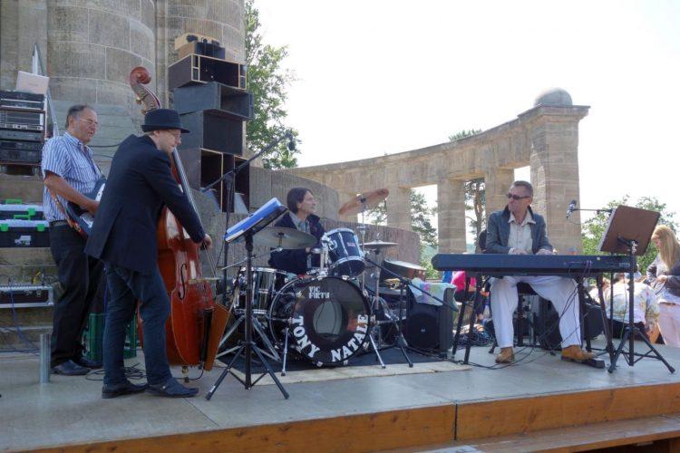 | Bildquelle: Jazzkonzert am Denkmal