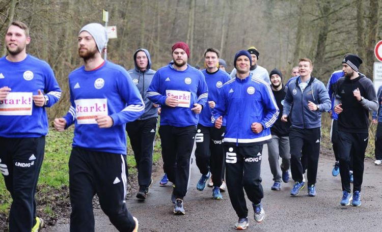 Am Siebenbornteich war die Gruppe noch beisammen | Bildquelle: © Frank Arnold • sportfotoseisenach / ThSV Eisenach