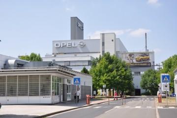Opel bekräftigt Plan für Investitionen und Tariftreue in Deutschland