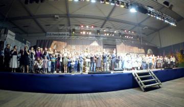| Bildquelle: Alle Akteure auf der Bühne