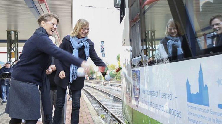 Shuttle der Süd•Thüringen•Bahn getauft   Nachrichten aus