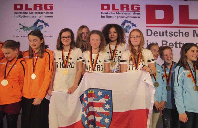 Staffel AK12 weiblich: Deutsche Meister 2017   Bildquelle: © Deutsche Lebens-Rettungs-Gesellschaft Landesverband Thüringen e.V.