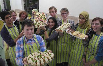 Die Schüler der AG Kochen. | Bildquelle: ©  S.Blume / Landratsamt Wartburgkreis
