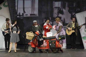 | Bildquelle: © Peter Litvai - Landestheater Niederbayern / Landestheater Eisenach