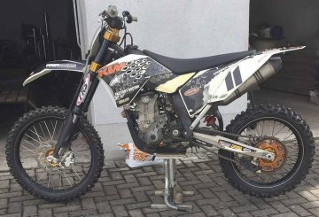 gestohlene Vollcrossmaschine KTM 450 SFX   Bildquelle: © Landespolizeiinspektion Gotha