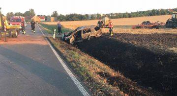 ausgebrannter VW Golf nach Verkehrsunfall | Bildquelle: © Landespolizeiinspektion Gotha