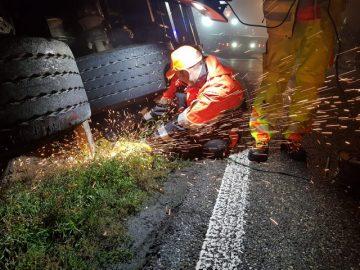 B 19 in Eisenach nach Gefahrgutunfall stundenlang gesperrt