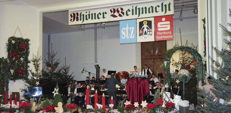 Neben einer Vielzahl an Mitwirkenden auf der Bühne blieb in den letzten Jahren auch nie ein Platz im Publikum frei. | Bildquelle: © Archivfoto Stefan Sachs / Wartburg-Sparkasse