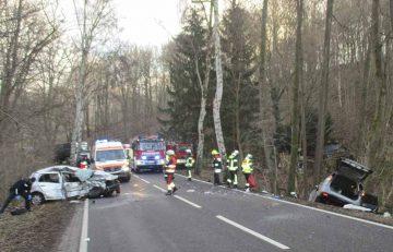 Eisenacher Feuerwehr half nach Verkehrsunfall