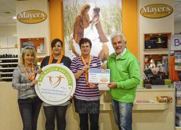 Charity Aktion der Filialen von Mayers Markenschuhe zum 60. Geburtstag des berühmtesten Schuhhundes