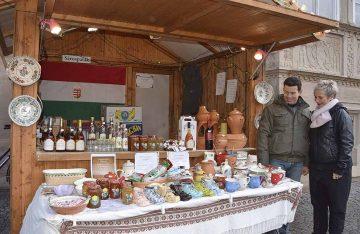 Ungarische Partnerstadt Sárospatak auf dem Weihnachtsmarkt