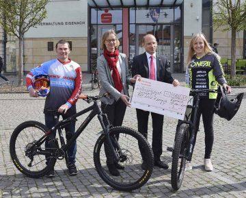 Wartburg-Sparkasse unterstützt Rad-Sport-Verein