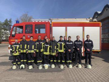 Freiwillige Feuerwehren: Zwölf Kameraden bei Truppmann-Ausbildung erfolgreich