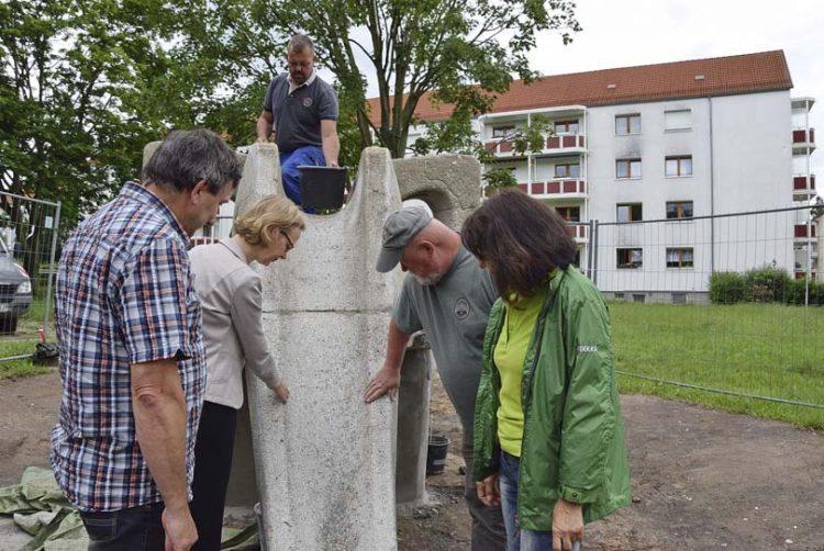 v.l. Bernd Weißenborn (Abt. Grünflächen), OB Katja Wolf, Nico Bauer (oben), Andreas Frank, Anke Schubert | Bildquelle: © Stadt Eisenach