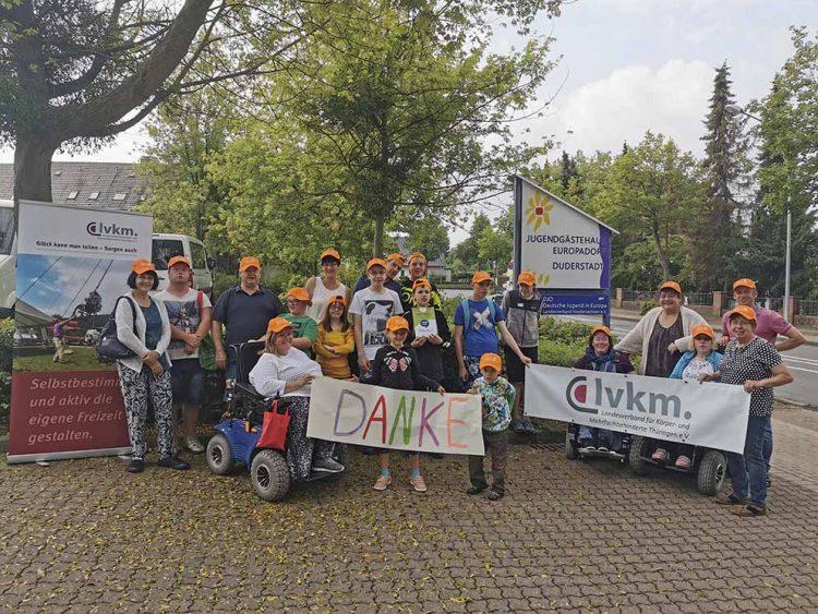 Bildquelle: © LVKM Thüringen e.V. Der LVKM Thüringen e.V. bedankt sich für die Spende der Town & Country Stiftung.