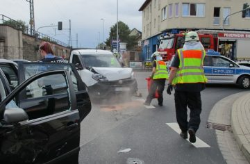 Bildquelle: Stadtverwaltung Eisenach Berufsfeuerwehr hilft nach Verklehrsunfall