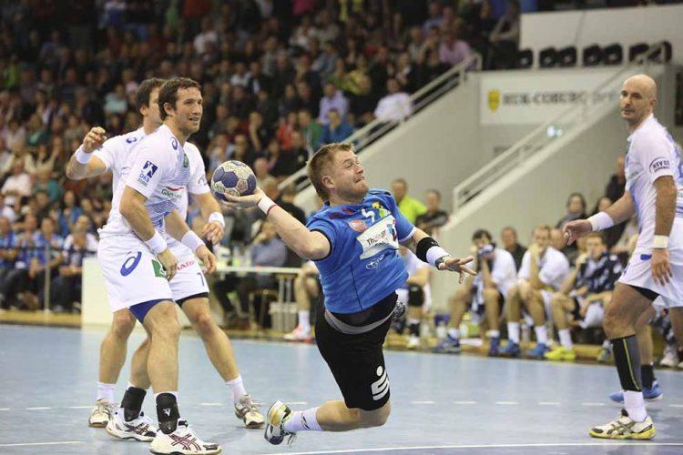 Bildquelle: © Fotostudio Gräbedünkel  / ThSV Eisenach Tomas Sklenak im Jahr 2013 gegen den HSV Handball
