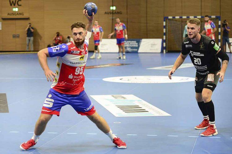 Bildquelle: © Frank Arnold • sportfotoseisenach / ThSV Eisenach Alexander Saul, auch ein Mann für die Siebenmeter muss verletzungsbedingt pausieren.