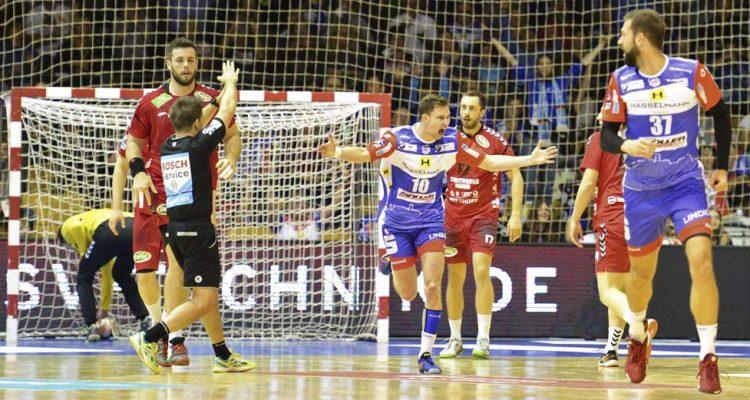 Bildquelle: © Frank Arnold • sportfotoseisenach / ThSV Eisenach Jonas Ulshöfer bejubelt einen seiner drei Treffer