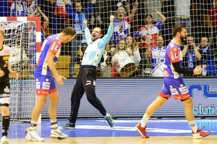 Bildquelle: sportfotoseisenach ThSV-Keeper Blaz Voncina möchte mit seinen Teamkollegen und den blau-weißen Fans auch am Samstagabend jubeln