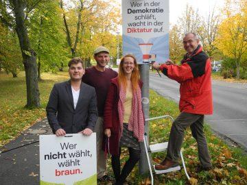 Bildquelle: Sandra Blume Kevin Rodeck und Simon Ortner (Landratsamt Wartburgkreis/Partnerschaft für Demokratie), Maria Schlotzhauer und Klaus Martin Luther (beide Bürgerbündnis für Demokratie).