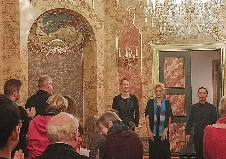 Bildquelle: © Stadt Eisenach Beifall nach dem Klavierkonzert im Rokokosaal