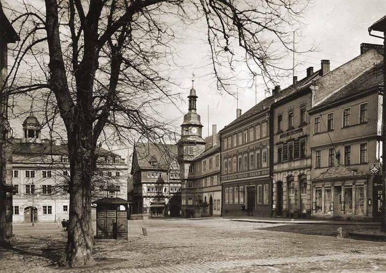 Bildquelle: © Stadtarchiv Eisenach Eisenacher Marktplatz - um 1938